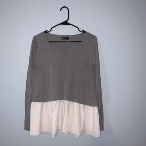 GAP -- Long Sleeve Gray and White Top